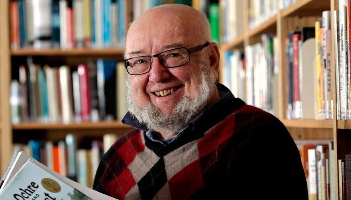 Tom Keneally in the Tom Keneally Centre