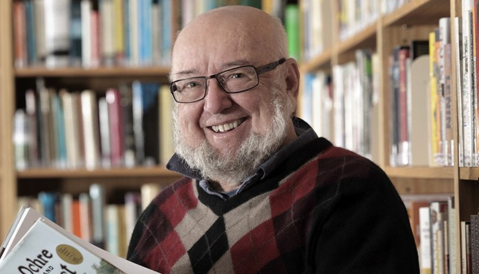Thomas Keneally in the Tom Keneally Centre